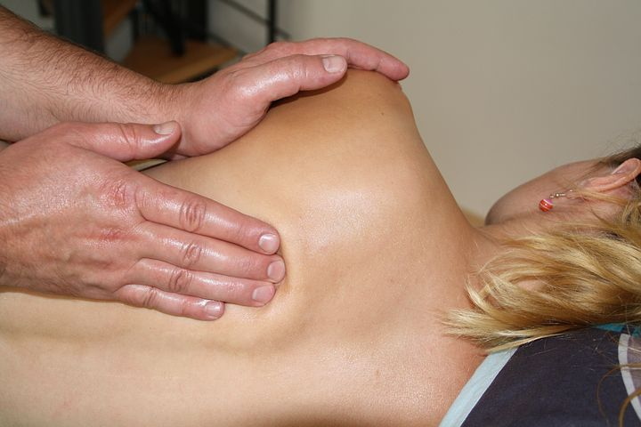 spine massage